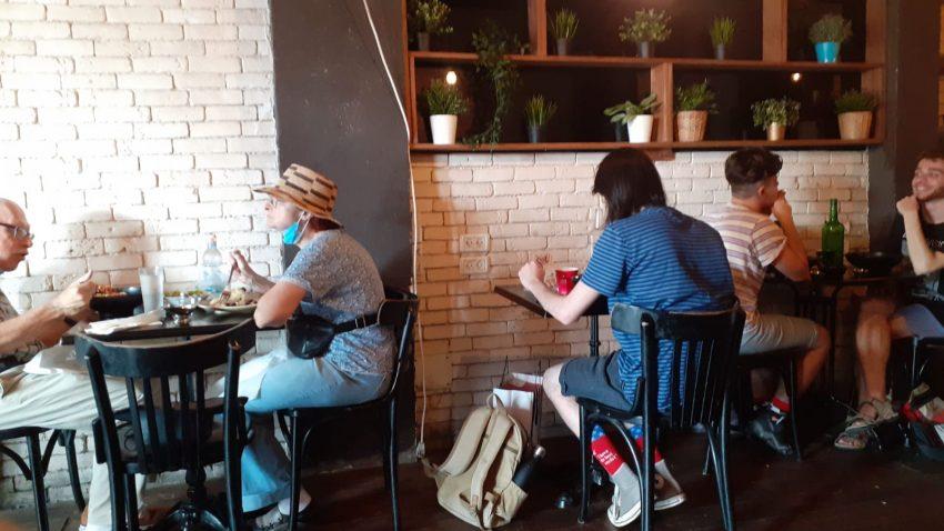 זוג במסעדה. צילום יואב גורן